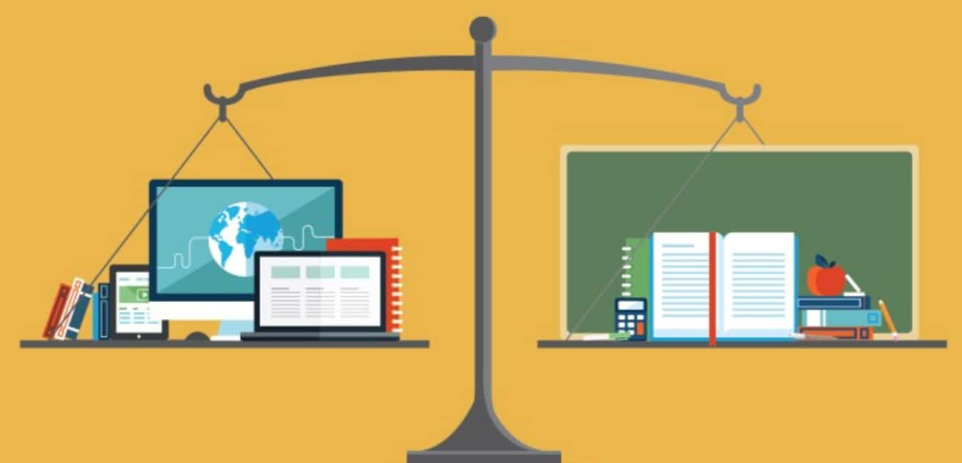 Online Education vs Traditional Education System